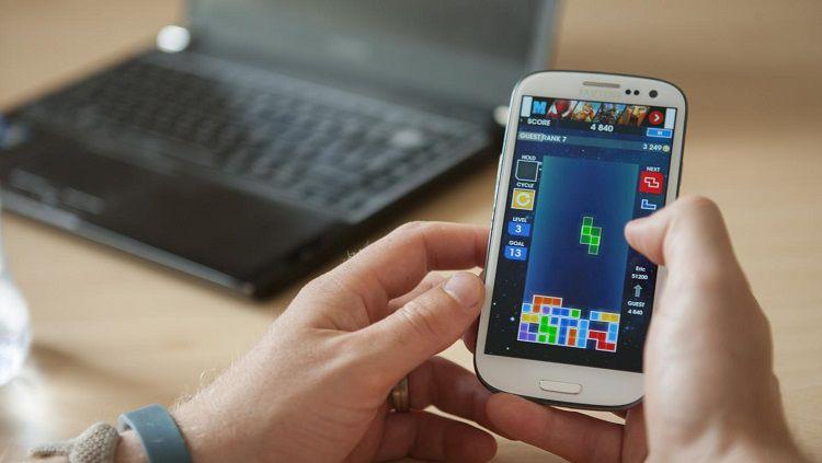 Ilustrasi bermain Tetris. Copyright: © Plymouth University/Lloyd Russell