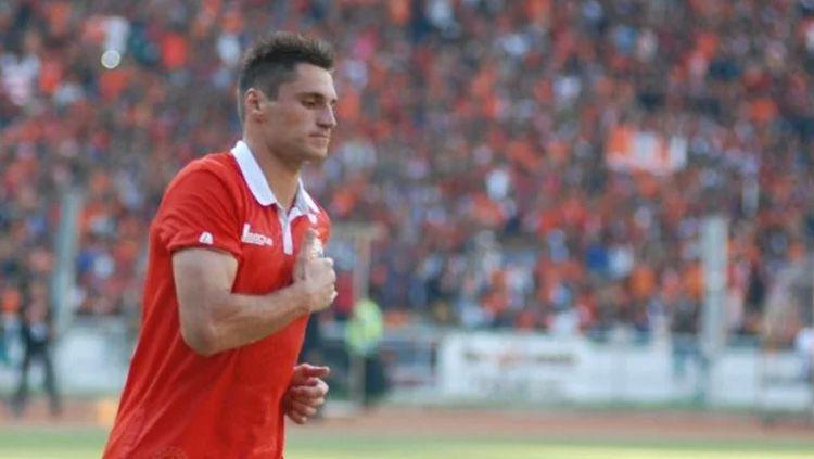 Eks striker Persija Jakarta, Evgeni Kabaev, menjadi pemain Rusia pertama yang berkarier di negara paling berbahaya di dunia, Honduras. Copyright: © viva