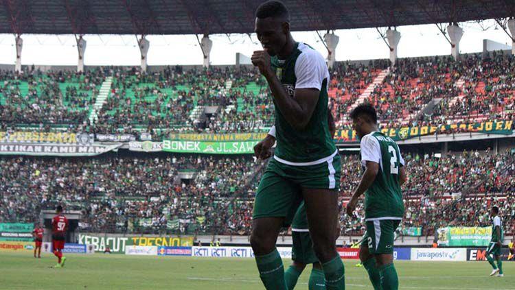 Pemain Asingnya Cetak 4 Gol, Bukti Persebaya dan PSM Sukses di Bursa Transfer? Copyright: © Fitra Herdian/indosport.com