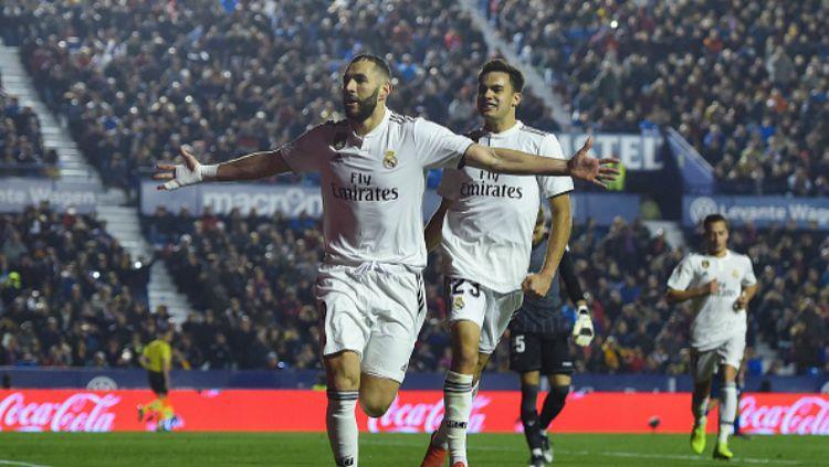 Selebrasi gol striker Real Madrid, Karim Benzema. Copyright: © GettyImages