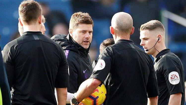 Pochettino didakwa oleh FA karena berseteru dengan wasit Mike Dean Copyright: © Evening Standard