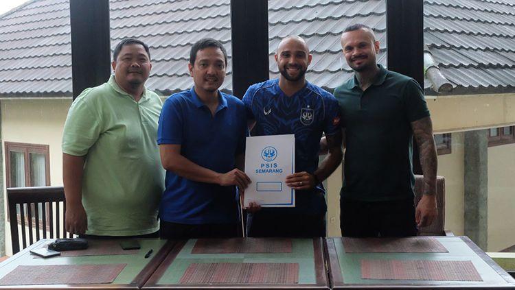 PSIS Semarang resmi merekrut striker asal Brasil, Claudir Junior Marini. Copyright: © Ofisial PSIS