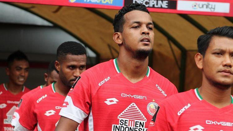 Striker asing asal Perancis, Florent Zitte batal di rekrut Copyright: © Semenpadang