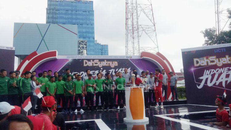 Skuat Timnas Indonesia U-22 menghadiri undangan salah satu acara musik. Copyright: © Chairun Nissa/INDOSPORT