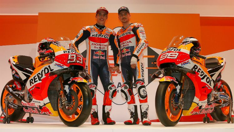 Repsol Honda Team dengan dua pembalapnya, Marc Marquez dan Jorge Lorenzo untuk MotoGP 2019. Copyright: © crash.net