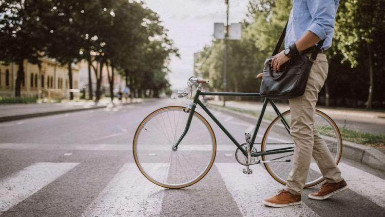Tips aman bersepeda untuk berangkat ke kantor Copyright: © bikecommunity