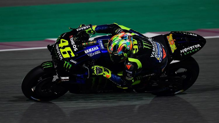 Valentino Rossi mengendarai motor Yamaha YZR-M1 jelang MotoGP 2019. Copyright: © Yamaha Motor