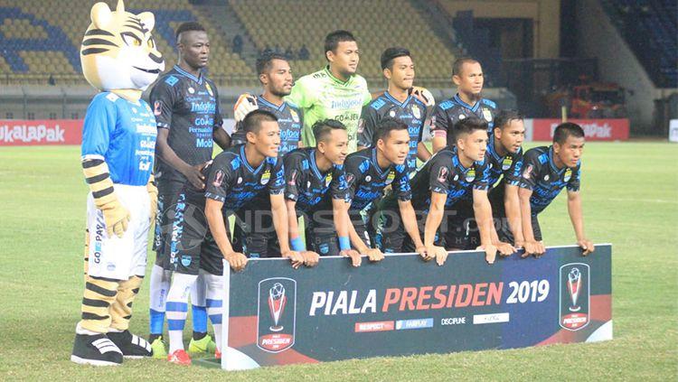 Starting eleven Persib Bandung menghadapi Perseru Serui. Copyright: © Arif Rahman/INDOSPORT
