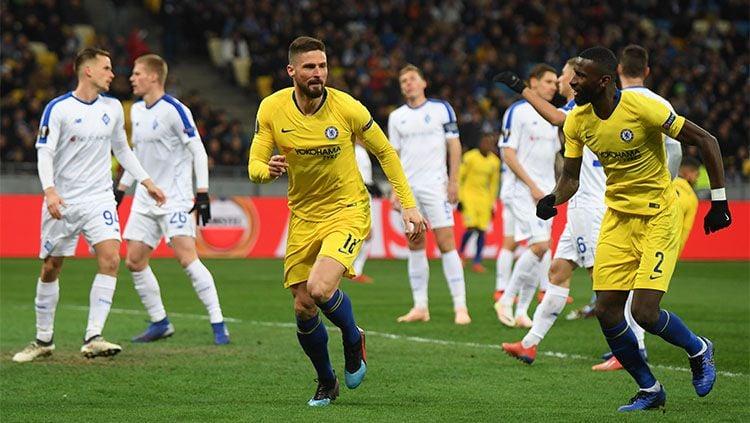 Olivier Giroud mencetak gol. Copyright: © INDOSPORT
