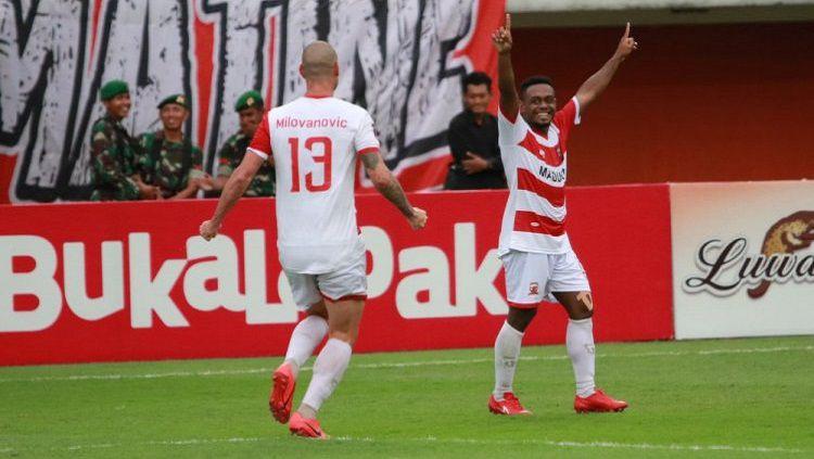 David Laly, pemain baru Madura United Copyright: © Twitter/@MaduraUnitedFC