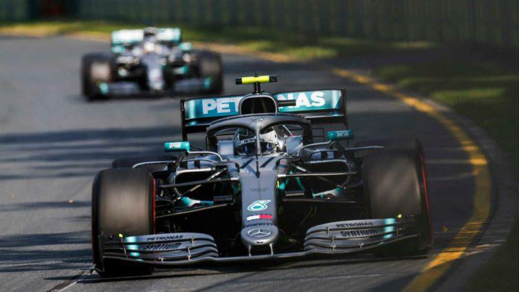 Pembalap tim Mercedes, Valtteri Bottas, menjadi yang tercepat dalam sesi latihan bebas pertama Formula 1 GP Jepang 2019 yang digelar di Sirkuit Suzuka, Jumat (11/10/19). Copyright: © F1