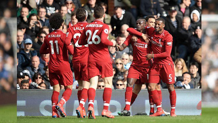 Winger Liverpool, Sadio Mane, dianggap layak memenangkan trofi Ballon d'Or usai penampilannya yang luar biasa. Copyright: © INDOSPORT