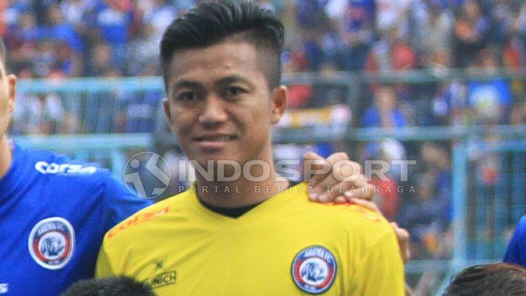 Kiper Arema FC, Utam Rusdiana, batal merapat ke PSG Pati. Copyright: © Ian Setiawan/INDOSPORT