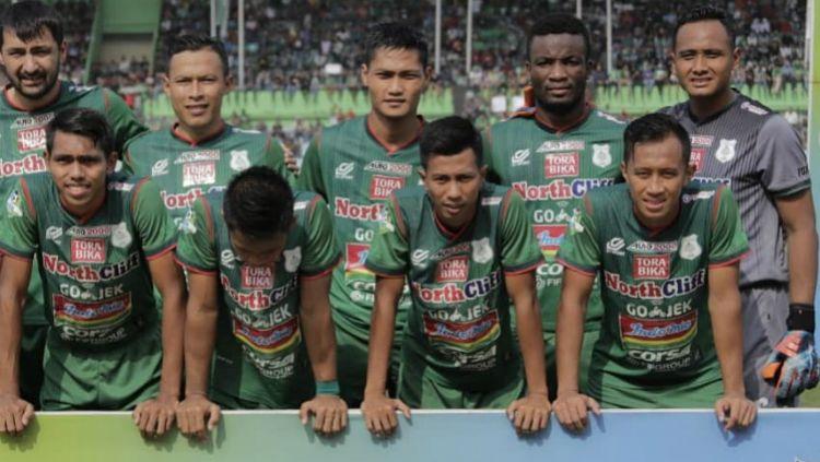 Kiper PSMS Medan, Ahmad Fauzi jelang pertandingan Liga 1 2018 musim lalu. Copyright: © instagram.com/a.fauzi_army_26