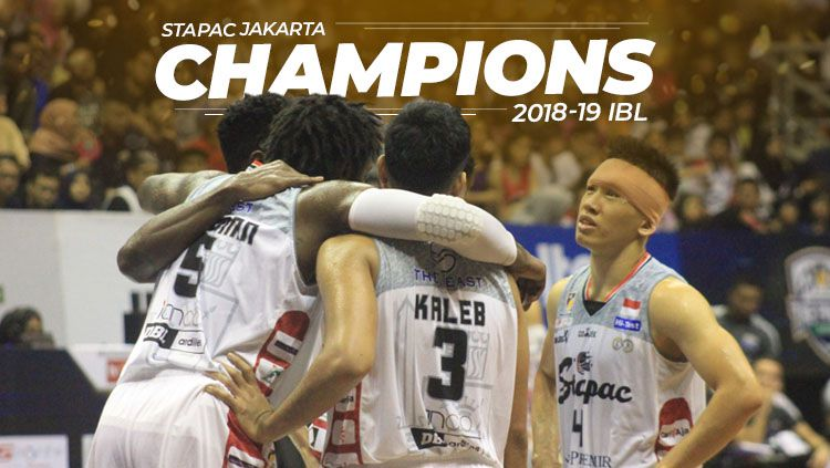 Stapac Jakarta juara Indonesia Basket League (IBL). Copyright: © Eli Suhaeli/INDOSPORT
