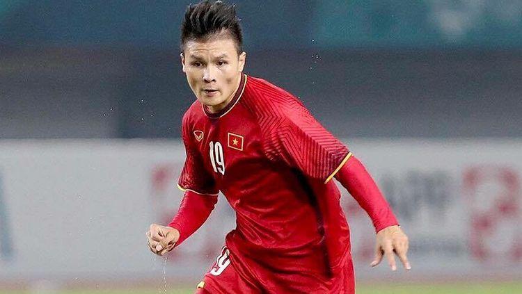Kapten Timnas Vietnam U-23, Ngyuen Quang Hai berptensi kena hukuman kartu FIFA dan bisa berdampak buruk bagi skuat Park Hang-seo di kualifikasi Piala Dunia. Copyright: © Instagram.com/nguyenquanghai12041997
