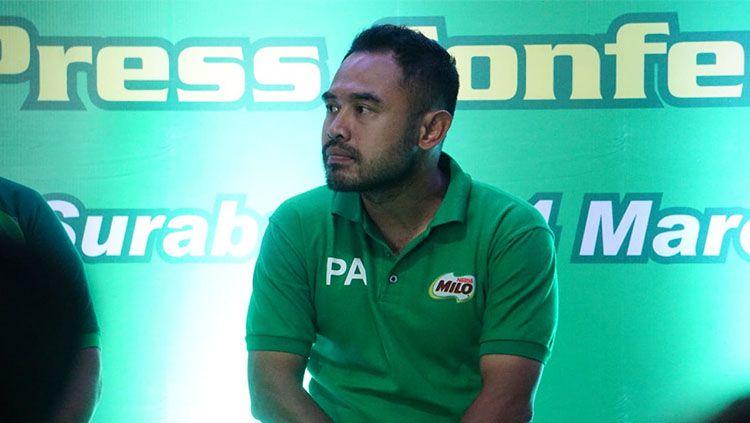 Ponaryo Astaman pada acara Milo Football Championship di Surabaya. Copyright: © Fitra Herdian/INDOSPORT