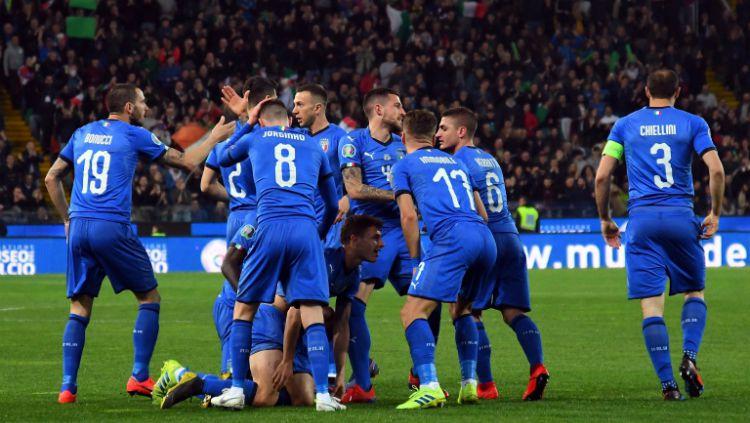 Timnas Italia saat merayakan golnya ke gawang Liechtenstein, Rabu (27/03/19) dini hari WIB. Copyright: © bleacherreport.com