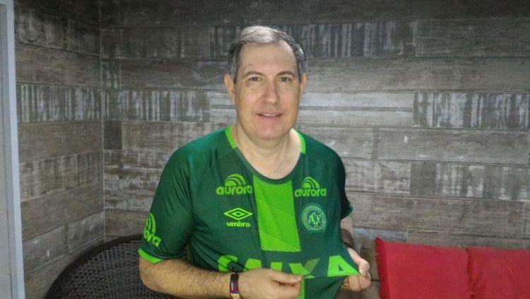Rafael Henzel, wartawan yang sempat selamat dari kecelakaan pesawat Chapecoense. Copyright: © www.nsctotal.com.br