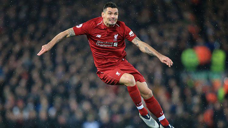 Jurgen Klopp, pelatih Liverpool, memberi alasan kenapa mereka enggan melepas Dejan Lovren yang juga merupakan rekan dari Marko Simic ke AC Milan. Copyright: © Simon Stacpoole/Offside/Getty Images