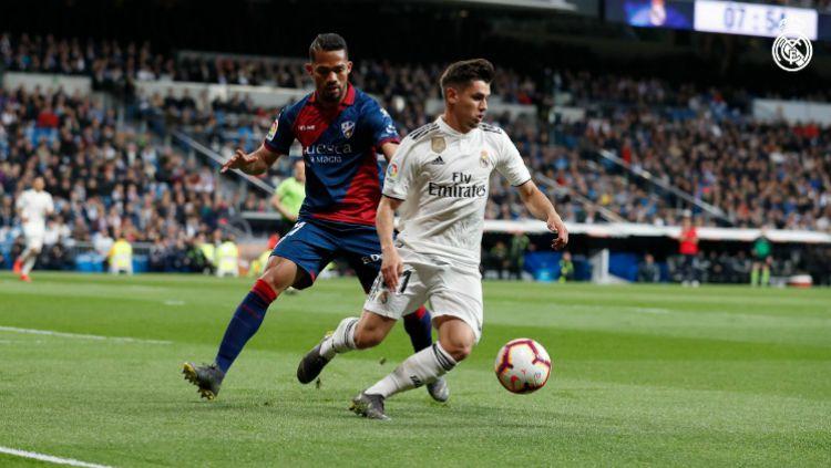 Pemain muda Real Madrid, Brahim Diaz tampil sangat bagus kontra Huesca di pertandingan LaLiga Spanyol, Senin (01/04/19) dini hari WIB. Copyright: © realmadrid.com