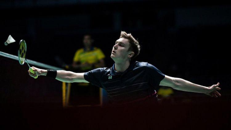 Viktor Axelsen dalam pertandingan melawan Jonatan Christie di Malaysia Open 2019 Copyright: © MOHD RASFAN/AFP/Getty Images