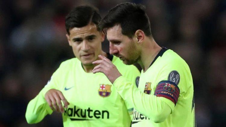 Hidung Kapten Barcelona, Lionel Messi berdarah usai duel udara dengan Chris Smalling di pertandingan leg pertama Perempat Final Liga Champions 2018/19, Kamis (11/04/19). Copyright: © The Sun