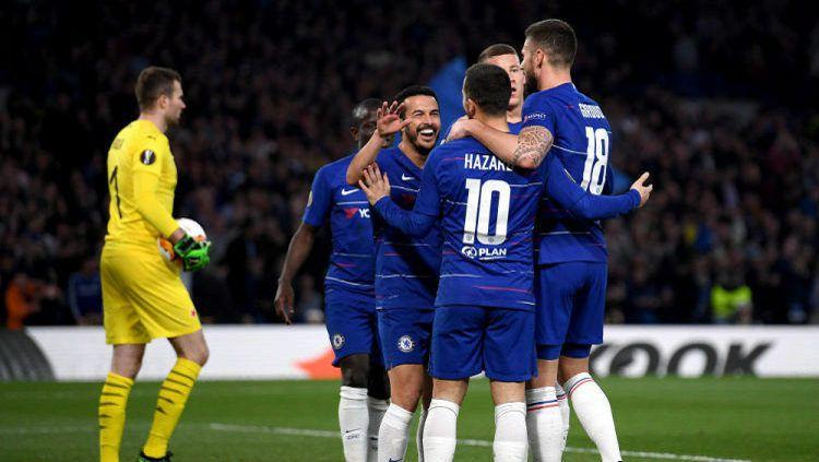 Selebrasi pemain Chelsea usai cetak gol ke gawang Slavia Praha di perempatfinal Liga Europa 2018/19, Jumat (19/04/19), di Stamford Bridge. Copyright: © Mike Hewitt/Getty Images