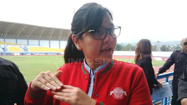 Sekretaris Jenderal (Sekjen) Persatuan Sepak bola Seluruh Indonesia (PSSI), Ratu Tisha Destria menghadiri pembukaan Elite Pro Academy Liga 1 Indonesia U-16 musim 2019 di Stadion SPOrT Jabar Arcamanik, Kota Bandung, Jumat (19/04/2019). Arif Rahman/INDOSPOR Copyright: © Arif Rahman/INDOSPORT