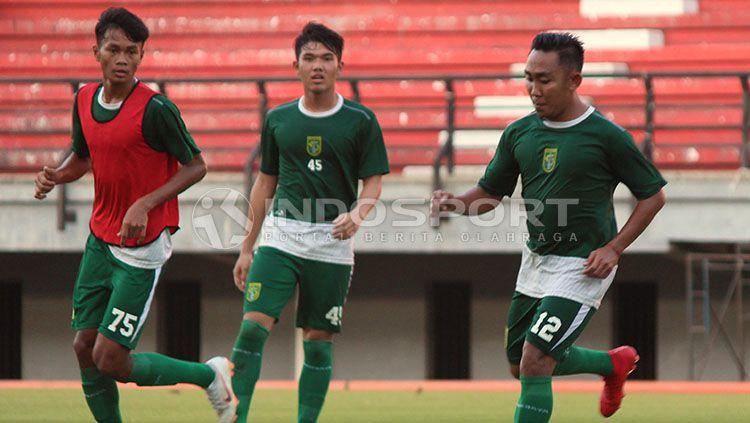 Latihan Persebaya hari ini, Jumat (19/04/19) tak dihadiri beberapa pemain Copyright: © Fitra Herdian/INDOSPORT