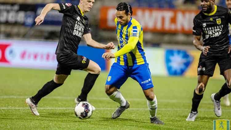 Ezra Walian sampaikan kesannya membela RKC Waalwijk pada musim 2018/19 ini. Copyright: © rkcwaalwijk