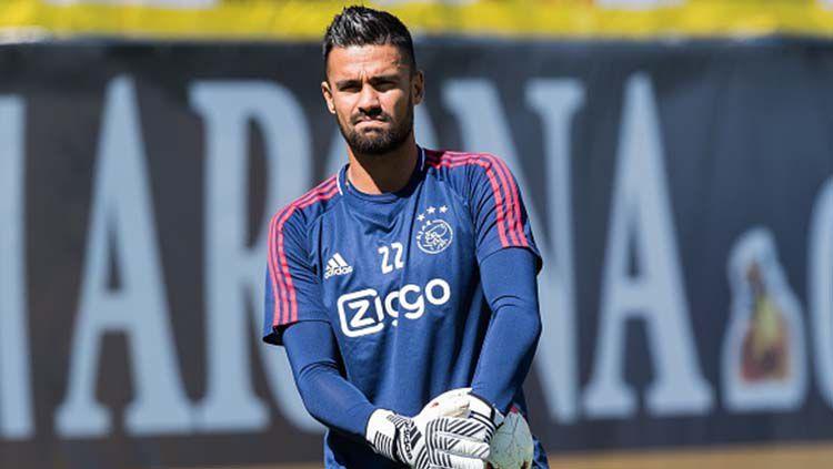 Benjamin van Leer saat mengikuti sesi latihan di Ajax Amsterdam. Copyright: © VI Images/Getty Images