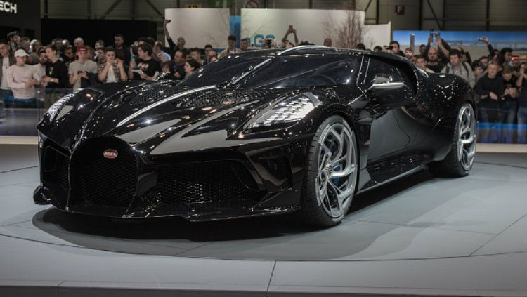 Mobil termahal dunia, Bugatti La Voiture Noire yang akan dimiliki Cristiano Ronaldo. Copyright: © Martyn Lucy/Getty Images
