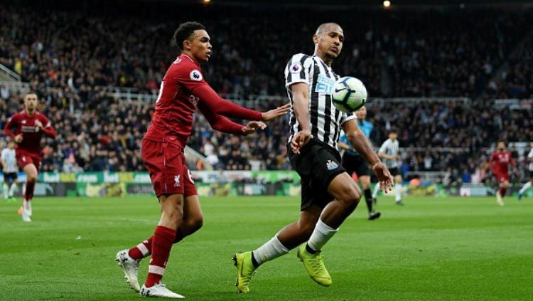 Eks penyerang Newcastle United, Salomon Rondon, resmi gabung klub Liga Super China, Dalian Yifang. Copyright: © Shaun Botterill/Getty Images