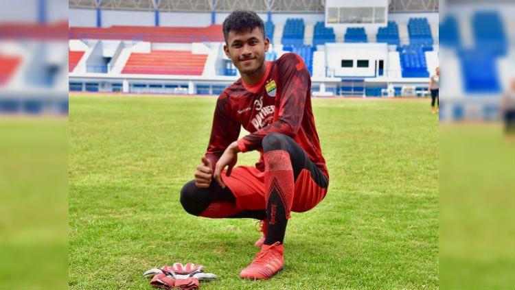 Aqil Savik, kiper muda Persib Bandung yang akan dipinjamkan ke Bandung United di Liga 3 2020. (Foto: instagram.com/aqil_savik) Copyright: © instagram.com/aqil_savik