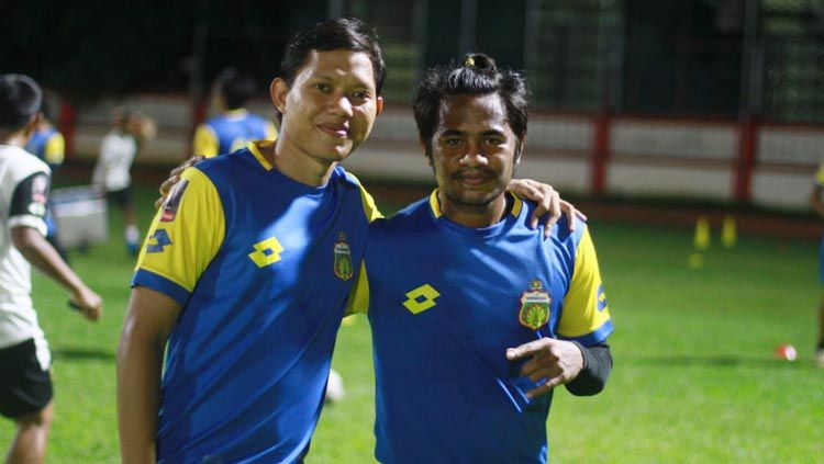 Ilham Udin (kanan) yakin Bhayangkara FC bisa mengatasi permainan PSS Sleman. Copyright: © Media Bhayangkara