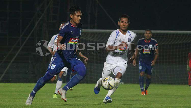 Suasana pertandingan uji coba PSIS vs Arema FC. Copyright: © Ronald Seger Prabowo/INDOSPORT.