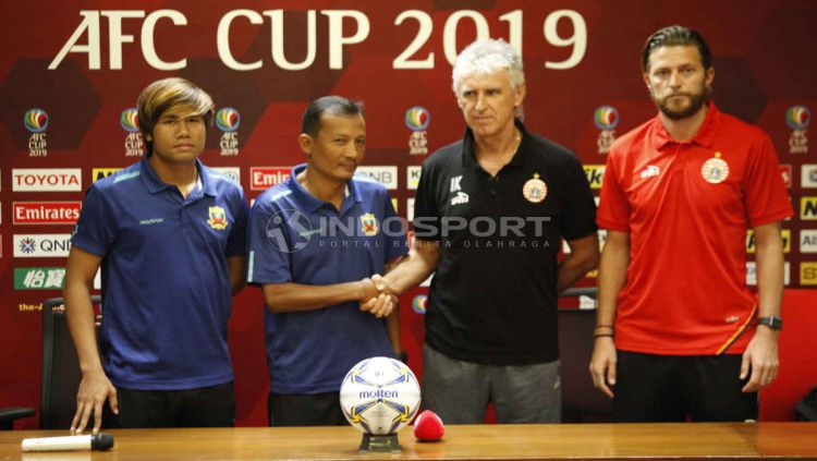 Jumpa Pers Persija vs Shan United di piala AFC. Foto Herry Ibrahim/INDOSPORT Copyright: © Herry Ibrahim/INDOSPORT
