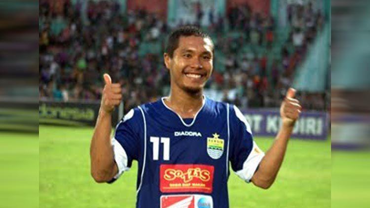 Eks pemain Persib Bandung 2009-2010 Satoshi Otomo. Copyright: © Simamaung