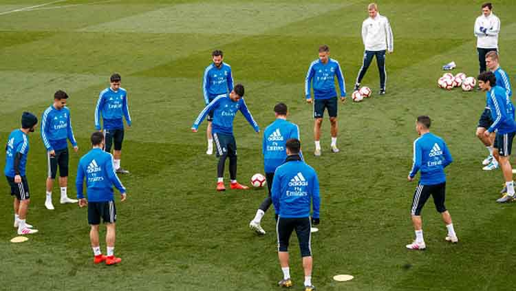Skuat Real Madrid saat sedang latihan. Copyright: © TF Images- Getty Images