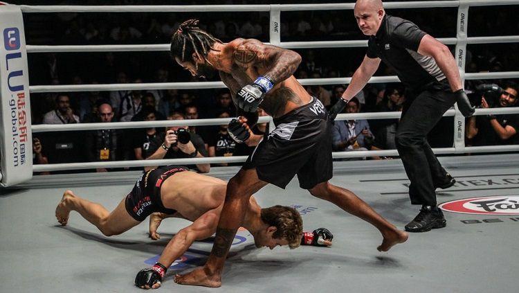 Sage Northcutt dikalahkan oleh Cosmo Alexandre hanya dalam 29 detik Copyright: © One Championship