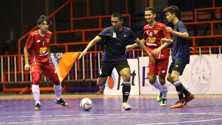 Situasi laga uji coba Timnas futsal U-20 Indonesia melawan klub futsal Thailand, Highway FC Selasa (21/05/19). Copyright: © Ical/Media FFI