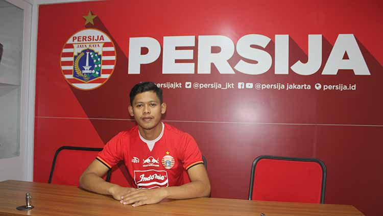 Taufik Hidayat merupakan salah satu dari tujuh pemain muda yang masuk ke skuat Persija Jakarta untuk menjalani Liga 1 2019. Foto: Media Persija Copyright: © Media Persija