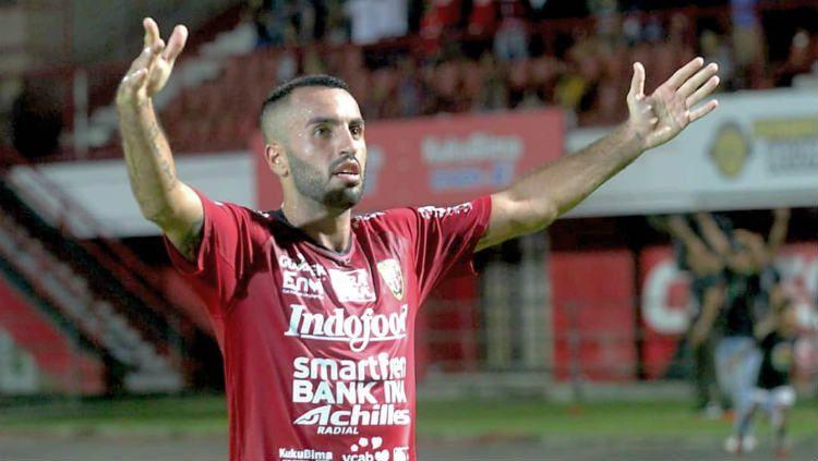 Pemain asing Bali United, Brwa Nouri, mengungkap kerasnya bermain di Indonesia dalam dua tahun terakhir. Copyright: © Instagram.combrwanouri