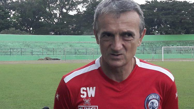 Pelatih Arema FC, Milomir Seslija. Copyright: © ian Setiawan/INDOSPORT
