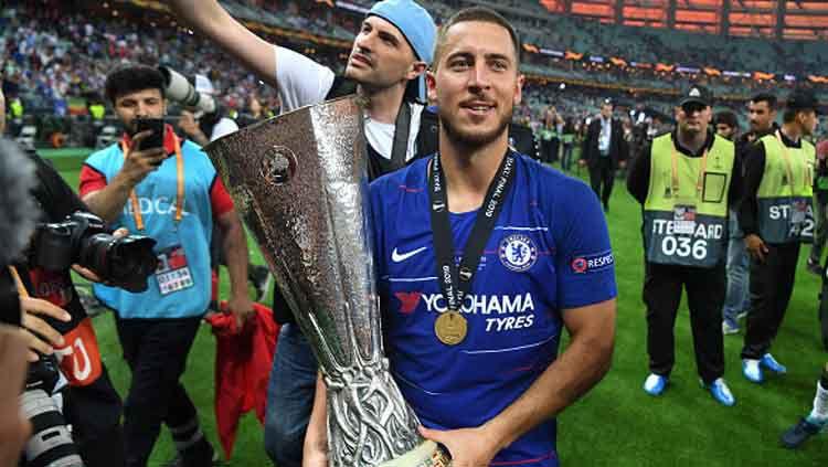 Pemain megabintang Chelsea, Eden Hazard disebut sebagai salah satu pemain hebat oleh bek kanan Real Madrid, Dani Carvajal. Copyright: © Michael Regan/Getty Images