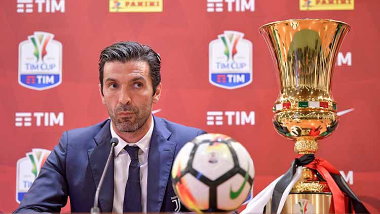 Gianluigi Buffon berpotensi gabung lima klub baru, termasuk Barcelona hingga Timnas Indonesia coret jebolan Eropa. Ini top 5 news INDOSPORT. Copyright: © Daniele Badolato-Juventus FC/GettyImages