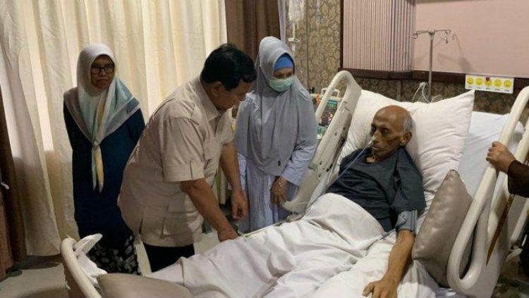 George Toisutta, mantan calon Ketum PSSI sedang dalam kondisi sakit. Copyright: © Tim Dokumentasi Prabowo
