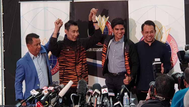 Lee Chong Wei jumpa pers soal pensiun dari dunia Bulutangkis. Copyright: © Twitter/Wan Syamsul Amly