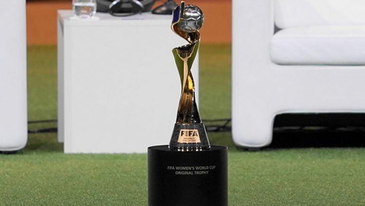 Trofi Piala Dunia Wanita 2019. Copyright: © Daniela Porcelli/Getty Images